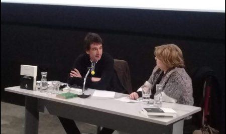 Germán Silveira profesor la Facultad de la Cultura presentó libro sobre la Historia del Público de la Cinemateca Uruguaya.