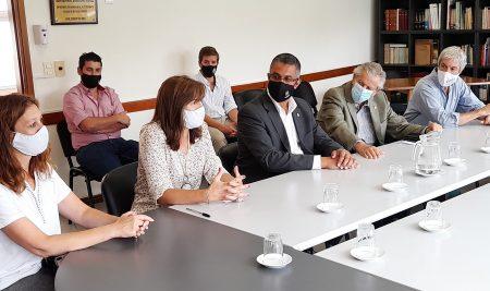 Universidad CLAEH renovó convenio para dar becas totales