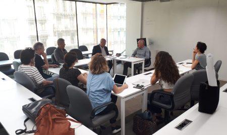 Rector visitó al núcleo de Economía Humana en Barcelona