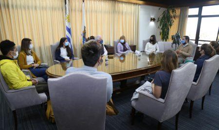 Egresados de UCLAEH se incorporan al trabajo de las policlínicas municipales